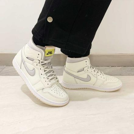 NIKE WMNS AIR JORDAN 1 ZOOM AIR CMFT CT0979 107 TOP