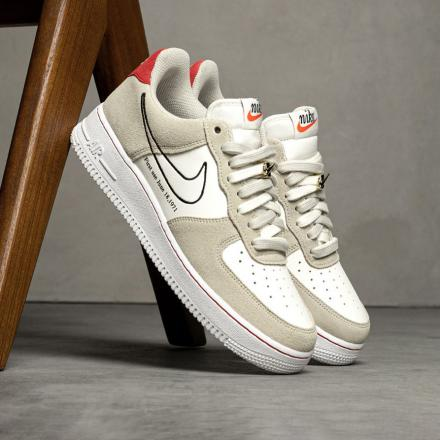 NIKE AIR FORCE 1 07 LV8 FIRST USE DB3597 100 1