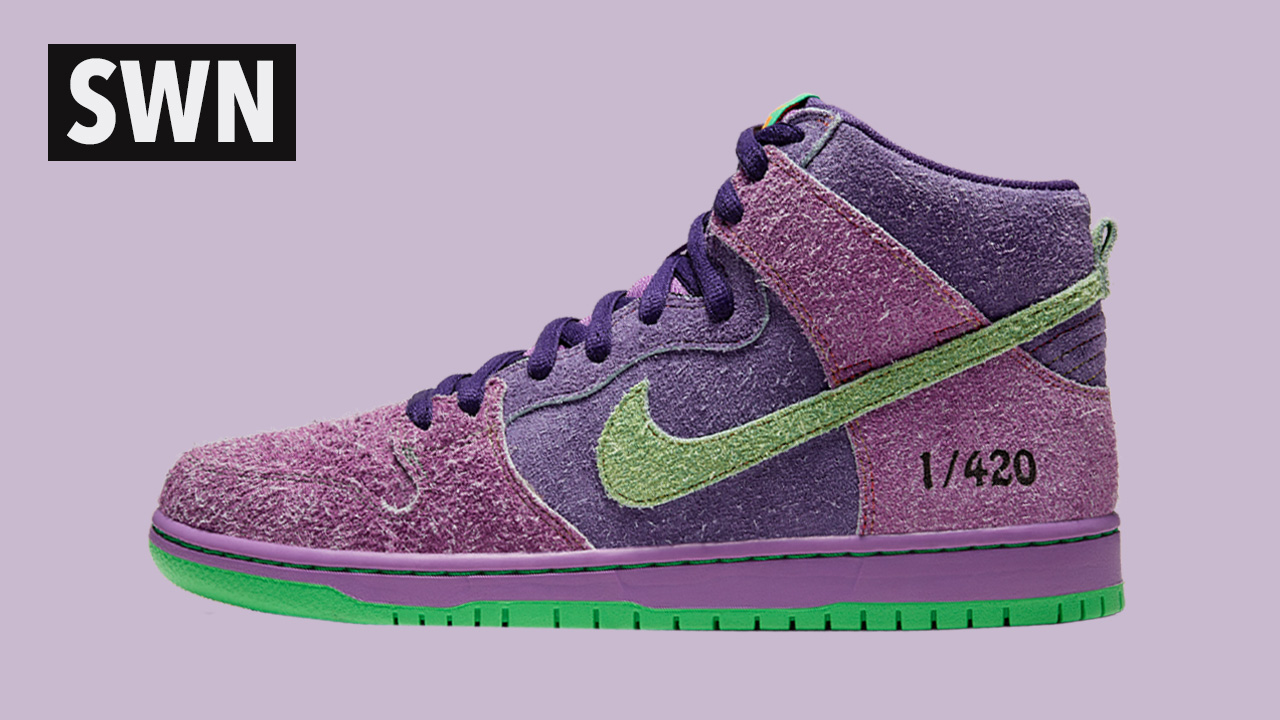 NIKE SB DUNK PURPLE SKUNK