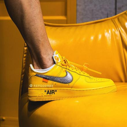 Off White Nike Air Force 1 Low University Gold DD1876 700 01