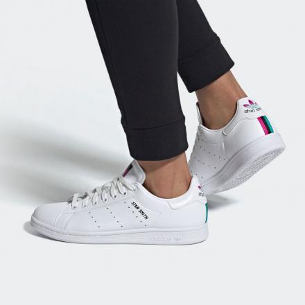 ADIDAS ORIGINALS STAN SMITH FX3517 on model front view