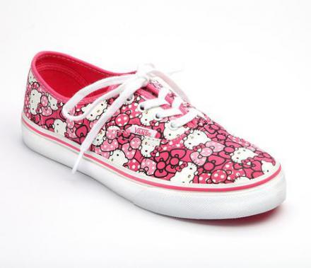 ハロー・キティ × バンズ 2013年夏新作 スニーカー コレクション