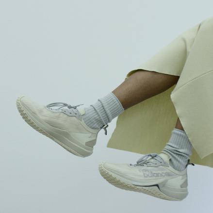 オーラリー × ニューバランス フューエルセル スピードリフト 全2色