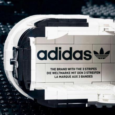 【国内7月1日/30日発売予定】レゴ × アディダス オリジナルス スーパースター ホワイト/コアブラック(GW5270)
