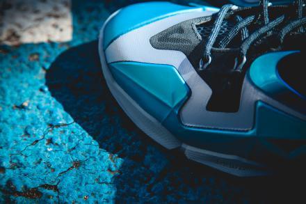 【国内11月23日発売予定】 ナイキ レブロン 11 アーモリー スレート/ガンマ ブルー-ライト アーモリー ブルー(616175-401)