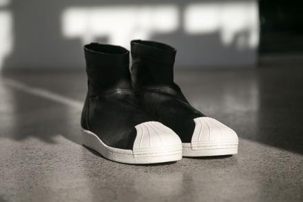 リック オウエンス × アディダス スーパースター アンクル ブーツ ブラック/ホワイト