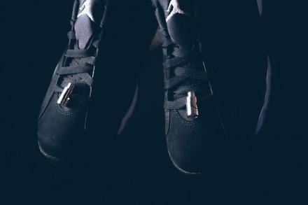 【国内8月29日発売予定】 ナイキ エアジョーダン6 レトロ ロー ブラック/メタリック シルバー-ホワイト(304401-003)