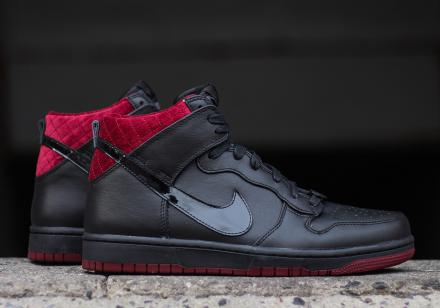 NIKE DUNK HIGH CMFT PREMIUM QS BLACK BLACK TEAM RED
