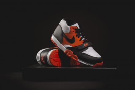 NIKE AIR TRAINER 1 TEAM ORANGE WHITE BLACK