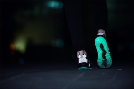 【国内1月8日発売予定】 ニューエラ × ニューバランス MRT580NE グロー・イン・ザ・ダーク
