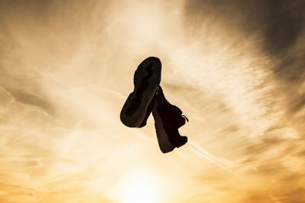 """【国内1月21日先行予約開始】 ティトロ × アトモス × プーマ ディスク ブレイズ """"デザート ダスク""""(363063-01)"""