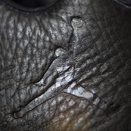 【国内7月18日発売】 ナイキ エアジョーダン31 ロー ブラック/アンスラサイト-メタリック ゴールド(897564-023)