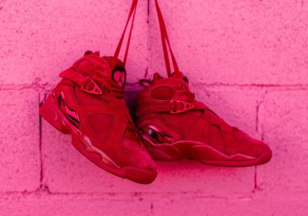 """【国内3月14日発売予定】 ナイキ ウィメンズ エアジョーダン8 レトロ """"バレンタインデー"""" ジムレッド/エンバー グロー-チーム レッド(AQ2449-614)"""
