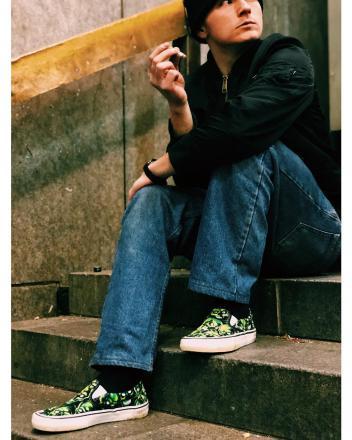 【国内3月3日発売予定】 シュプリーム × バンズ リキッド ブルー スカル パイル パック