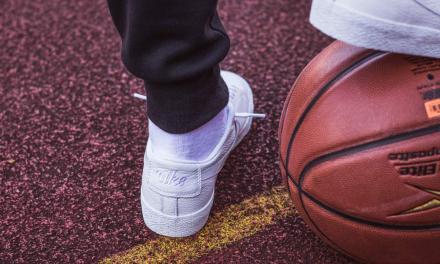 【国内10月13日発売予定】 ナイキ SB ズーム ブレーザー ロー NBA ホワイト/ホワイト(AR1576-114)