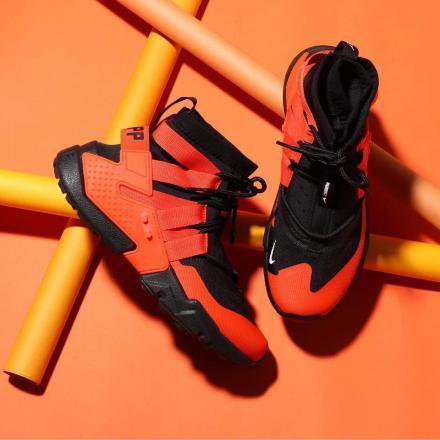 【国内11月8日発売予定】ナイキ エア ハラチ グリップ ブラック/チーム オレンジ-ホワイト(AO1730-001)